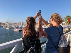 @steffl95 und @julia_niederl besuchten diesen Sommer die Stadt Lagos in Portugal. Nicht nur ihre Altstadt ist besonders sehenswert, sondern auch ihr Hafen, ihre Sandbuchten und Klippen! ⛵ Portugal, Around The Worlds, Tours, Instagram, Lakes, Old Town, Summer