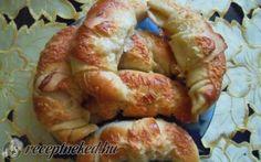 Sajtos kifli kefires tésztából recept fotóval
