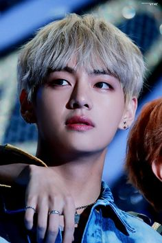 #HappyTaehyungDay