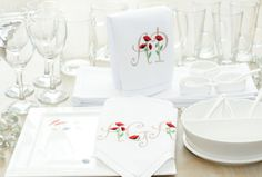 Monogrammed personalized table napkins.  Embroidered poppies serviette. Monograms, Poppies, Napkins, Cushion, Branding, Tableware, Unique Jewelry, Awesome, Handmade Gifts
