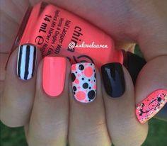 nails - don't have silver nail polish but what metallic nail art? check this out! Get Nails, Fancy Nails, Love Nails, Trendy Nails, Uñas Color Coral, Coral Navy, Orange Color, Nail Swag, Cute Nail Art