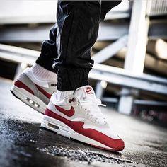 Nike Air Max 1 OG Red by @maikelboeve _________________________________________________________________#nike #air #max #morning #glory #highsnobiety #igkicks #igsneakercommunity #igsneakerhead #sneaker #sneakerhead #shoeporn #sneakerfreaker #sneakerlove #sneakerholics #sneakernautics #sneakerporn #snkr #snkrart #snkrhds #soleonfire #soletoday #womft #yeezy #airmax90 #kiel #am90 #nikeid #womft _________________________________________________________________