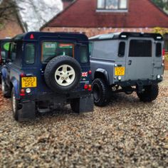 Land Rover Defender 90 4x4, they seem to be multiplying!