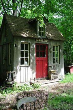 cabanon de jardin, abri de jardin petite maisonette