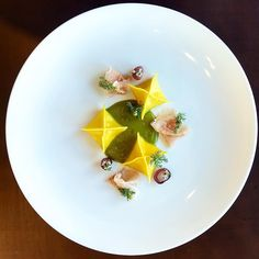 "2,289 Likes, 15 Comments - World's Finest Food Plating (@gourmetartistry) on Instagram: ""Fairburn farm buffalo mozzarella stuffed pasta / green tomato sauce / parma ham / pineapple weed by…"""