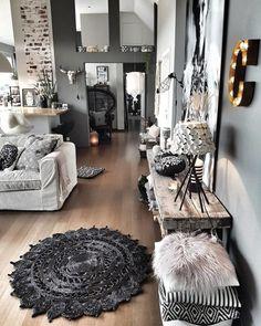 Grey Walls Living Room, Living Room Color Schemes, Living Room Interior, Living Room Designs, Living Room Decor, Living Rooms, Apartment Decorating Themes, Diy Apartment Decor, Apartment Living