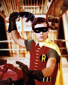 Batman Burt Ward as Robin Dick Grayson with Batarang 8 x 10 Photo Batman Robin, Batman 1966, Batman Cast, Batman Show, Batman Tv Series, Adam West, Christopher Nolan, Batgirl, Catwoman
