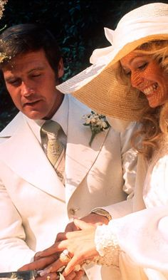 *Farrah Fawcett  And Lee Majors Cut The Cake At Their Wedding, July 1973