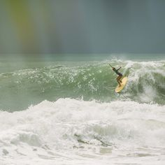 Leah Dawson drops in. lady surfing with style.