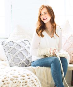 Lace pillows | Arm Knitting Patterns from Knitting Without Needles by Anne Weil