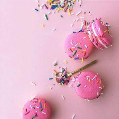 Pink Sprinkle Macarons