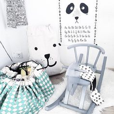 We love Play and Go designs! It's not only a clever storage solution - it works as a playmat/storage bag - but it also brings a splash of colour to the room! Available in 4 different variations on the website, link in bio!✖️✖️✖️Pic by @ernuland #playandgo #storage #kidsroom #kidsdecor #kidsinteriors #barnrum #barnrumsinspo