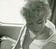 Marilyn Monroe en route to Bement, Illinois, for the Bement Centennial. Photo by Eve Arnold, 1955.
