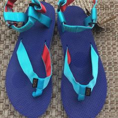 Teva Sport Sandals 9 NWT. Never been worn. Has velcro straps. Velcro straps have some light piling (please see 3rd picture). Retails $40. No stains/marks/rips/ tears otherwise. I'm not a size 9 therefore not sure if they're true to size. However from top to bottom of soles is ~ 11 7/8 inches. No trades. Open to reasonable offers. Teva Shoes Sandals