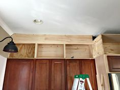 How I built my kitchen cabinets up to the ceiling @ThriftyDecorChick