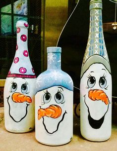 Ideas Funny Christmas Decorations Wine Bottles For 2019 Snowman Crafts, Jar Crafts, Felt Crafts, Fabric Crafts, Funny Christmas Decorations, Glass Bottle Crafts, Bottle Art, Beer Bottle, Christmas Wine Bottles