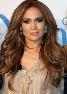 Big volume and loose waves. Jenny from the block style