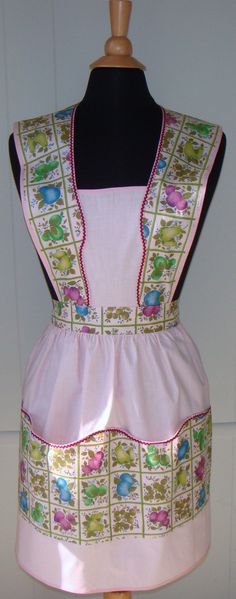 Pretty in Pink Vintage Full Bib Apron NWOT by TwigCottage on Etsy, $30.00