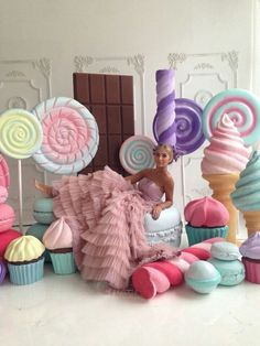 ideas for birthday party photo booth backdrop Outdoor Christmas Decorations, Birthday Decorations, Birthday Party Themes, Giant Lollipops, Party Deco, Candy Land Theme, Candy Party, Party Photos, Candyland
