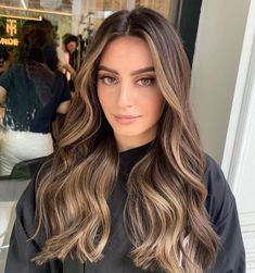 Brown Hair Balayage, Brown Blonde Hair, Hair Color Balayage, Brunette Hair, Honey Hair, Haircuts For Long Hair, Hair Color Highlights, Aesthetic Hair, Great Hair