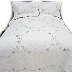 American Traditions Red Ring Embroidered Bedding