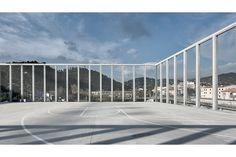 cab architectes complexe sportif sam joubij / gymnase futsal de l'ariane  ville de nice   concrete et beton   image aldo amoretti