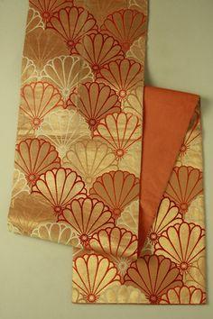 Gold rokutsu nagoya obi / 金地 菊青海波柄 六通名古屋帯 #Kimono #Japan http://global.rakuten.com/en/store/aiyama/