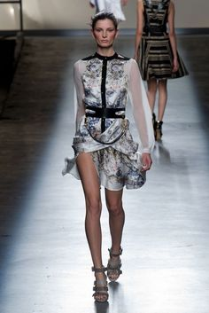 Prabal Gurung NYFW FW2013014.  Chinese inspiration silk, with military accessories!
