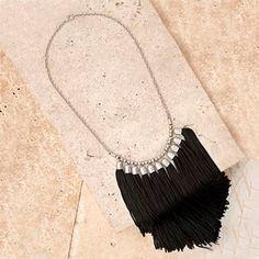 Bohemian Tassled Fringe Necklace por NovaaStyle en Etsy