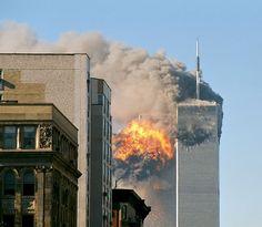"""""""11/Setembro/2001"""". World Trade Center sob Ataque Terrorista. #Nova York, USA."""