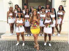 Zulu Traditional Attire, African Traditional Wedding Dress, Traditional African Clothing, Traditional Outfits, African Wedding Attire, African Attire, African Dress, African Weddings, Zulu Wedding