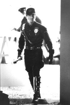 Demolition Man - Publicity still of Sylvester Stallone. The image measures 532 * 800 pixels and was added on 7 April I Movie, Benjamin Bratt, Demolition Man, Rocky Balboa, Sylvester Stallone, Bing Images, Batman, Punk