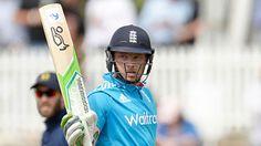 Ian Bell hits record 187 as England win despite Glenn Maxwell's own quick-fire century
