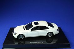 F/S AUTOart Maybach 57 S 2005 WHITE 56157 1/43 Scale Model Car From Japan #AUTOart #Maybach