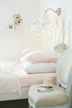 White & pink fairytale bedroom