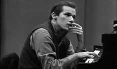 Glenn Gould - late Canadian pianist . Idiosyncratic - unsurpassed - mastery of Bach .