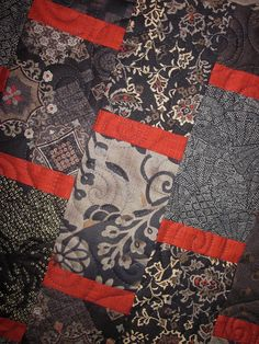 Patchwork Quilt - black and red Japanese Bars wall hanging Japanese Quilt Patterns, Japanese Quilts, Japanese Bar, Japanese Cotton, Concept Board, Wall Bar, Red Barns, Swirl Design, Red Accents