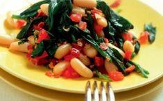Φασόλια με χόρτα διάφορα Caprese Salad, Fruit Salad, Meat, Chicken, Recipes, Food, Fruit Salads, Essen, Insalata Caprese