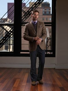 """TrunkClub.com - sends a """"trunk"""" full of customized stylish clothes to men without them having to put the outfit together! GREAT GIFT."""