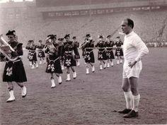 Alfredo Di Stefano at Hampden 1960 prior to the European Cup final against Eintracht Frankfurt.