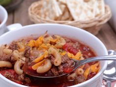 The best, flavorful old-fashioned Beef, Macaroni, and Tomato soup! Full of spices and easy to make. Macaroni Soup Recipes, Beef Macaroni, Macaroni And Tomatoes, Southern Cooking Recipes, Southern Food, Divas Can Cook, Sweet Cornbread, Asparagus Soup, Just Cooking