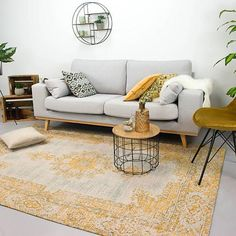 240 x 340 euro Living Room Interior, Home Interior Design, Room Inspiration, Interior Inspiration, Interior Ideas, Classic Interior, Living Room Carpet, Home Rugs, Home Pictures