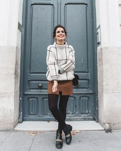 oday on #collagevintage Wearing Camel Skirt & Black and White Sweater @chicwish www.liketk.it/224o