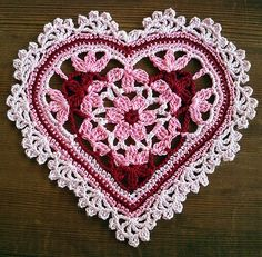 Crocheted Floral Heart #2 on wood | Flickr – Compartilhamento de fotos!