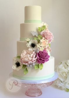 Auckland and north shore wedding flowers wedding cake flowers auckland and north shore wedding flowers wedding cake flowers decorations and adornments sugarrush pinterest wedding cake flower decorations junglespirit Image collections