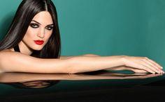 #beauty #makeup #redlips #smokeyes www.bettinafrumboli.com.ar