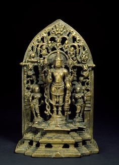 Vishnu. Hoysala style. 13th century.