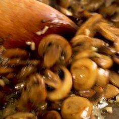 Pasta Recipes, Chicken Recipes, Cooking Recipes, Cooking Pasta, Venison Recipes, Pasta Dishes, Food Dishes, Garlic Mushrooms, Stuffed Mushrooms