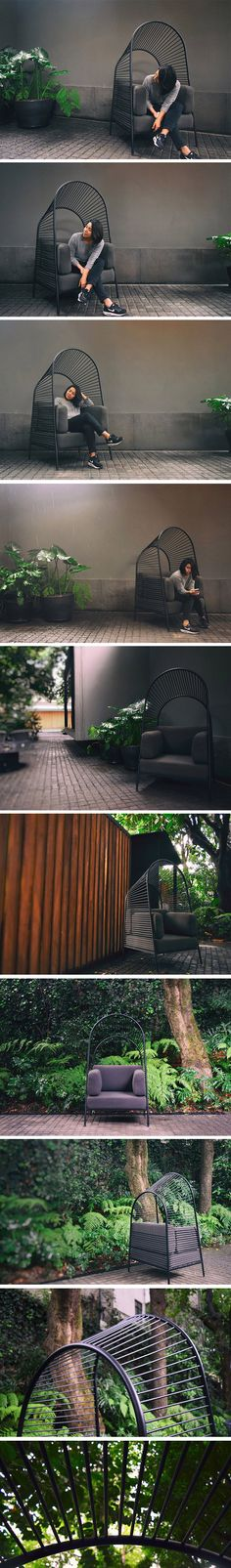 Felix is a miniature sofa with a mesmerizing canopy that takes inspiration from Mexican architectural designs of the 1950s in which paraboloid structures and arches defined the country's identity. Its pergola-style cover provides visual separation to the user without restricting visibility. This visual lightness is a perfect contrast to its robust frame.