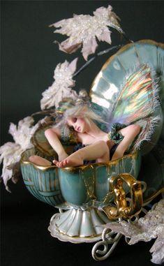 http://imgs.inkfrog.com/pix/wingedthing/SleepingBeauty4.jpg